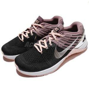NWT Nike Metcon DSX Flyknit Chrome Blush WMNS 9